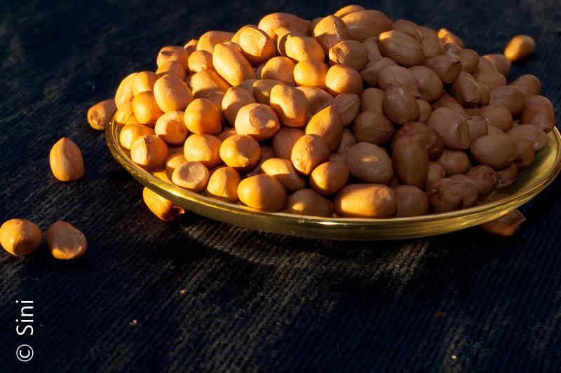 raw-peanuts-2
